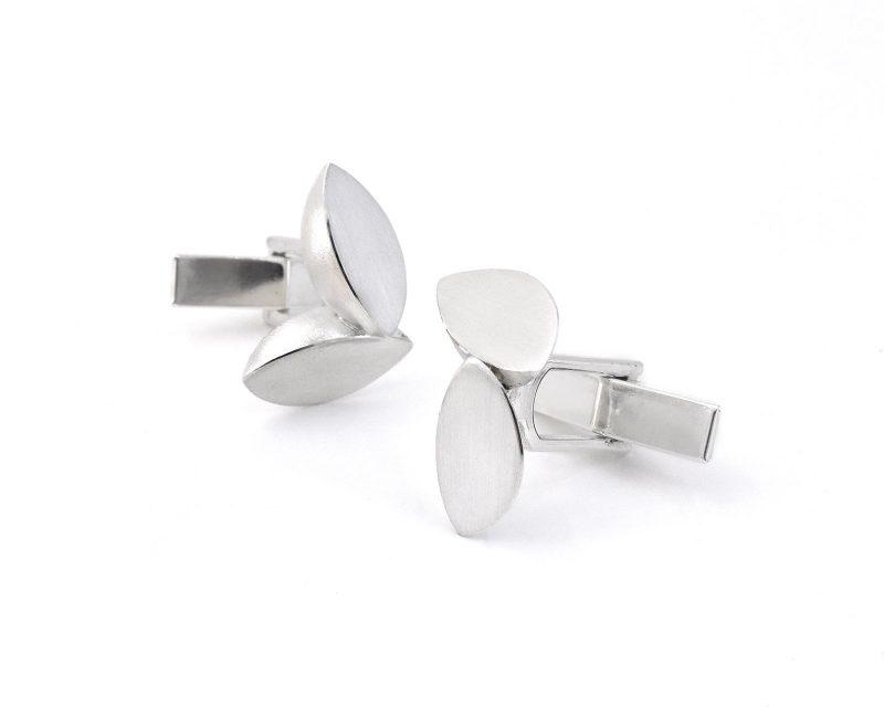 Double Leaf Silver Cufflinks C01