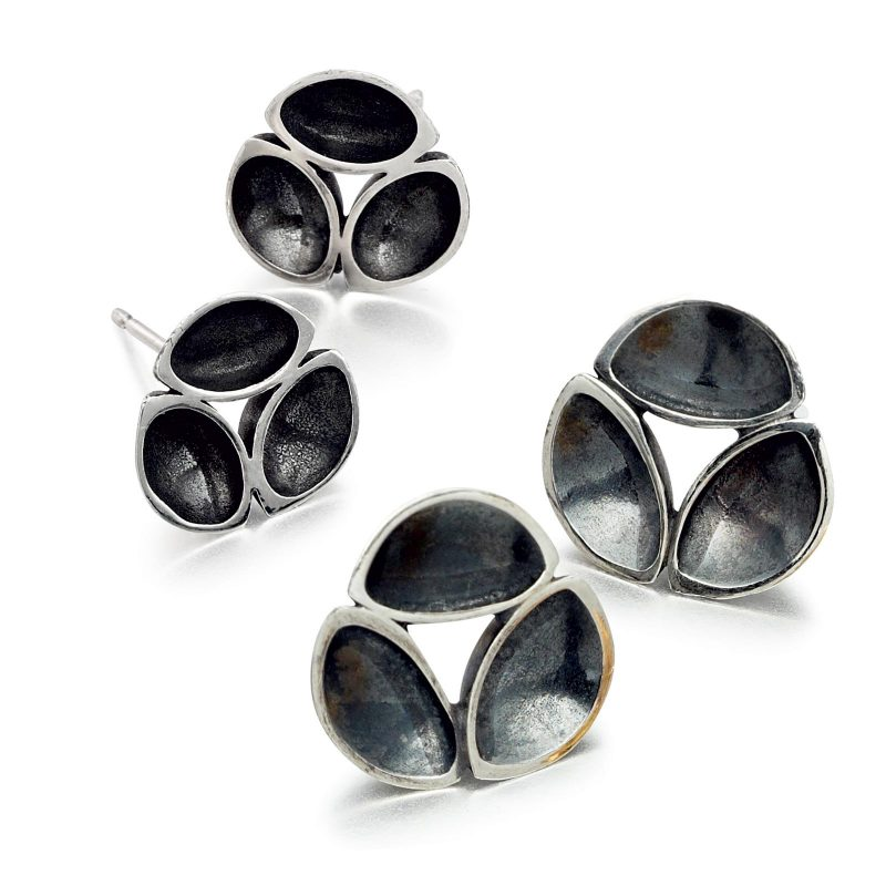 Oxidised Silver Oyster Stud Earrings E08