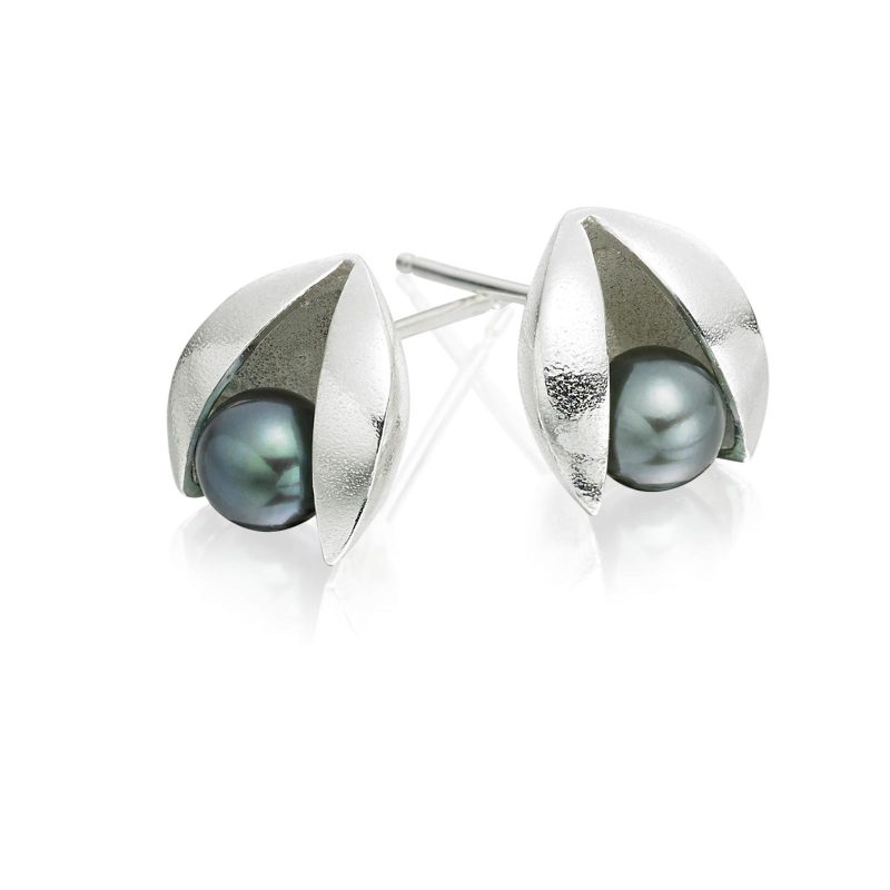 Grey Pearl and Silver Clam Stud Earrings E43