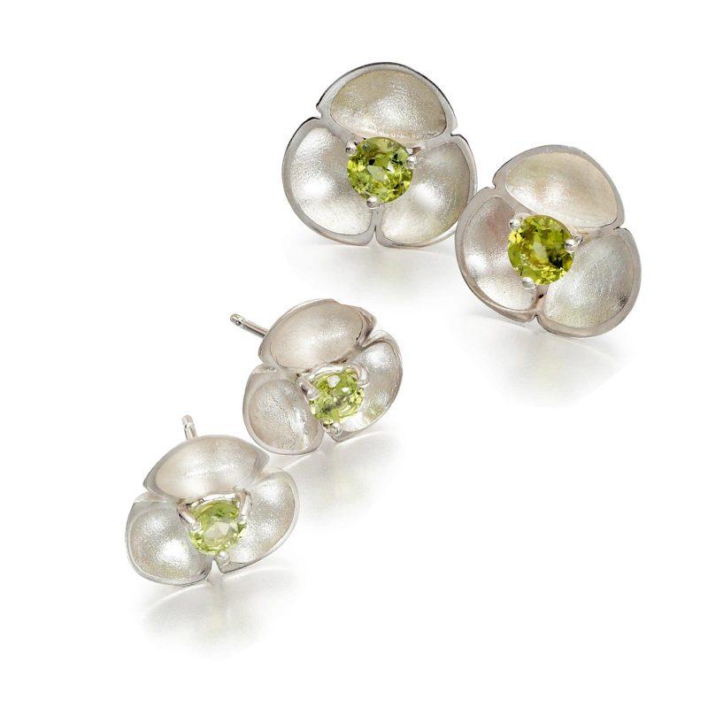 Peridot Stud Earrings E54