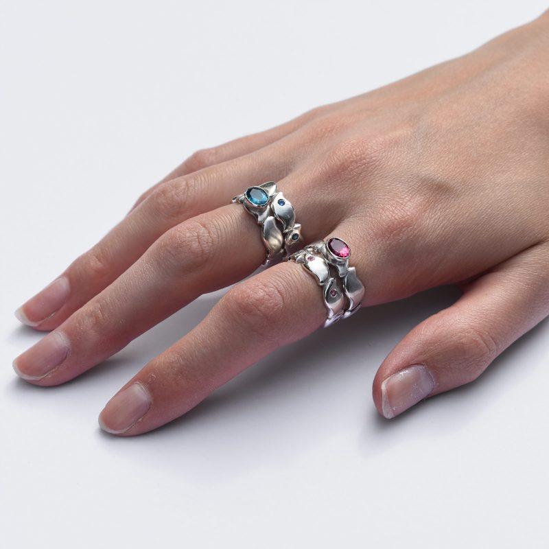 Stacking Pebble Rings