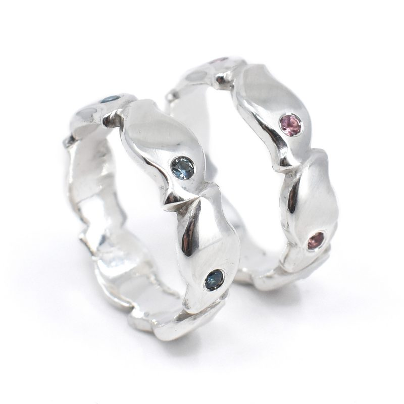 Pebble sapphire rings