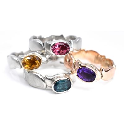 Gemset pebble rings